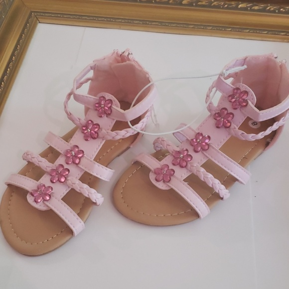 Other - NEW pink flower jewels bead sandals